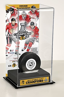 Mounted Memories NHL 2013 Stanley Cup Champions Logo Deluxe Puck Display Case; Chicago Blackhawks WYF078275982479