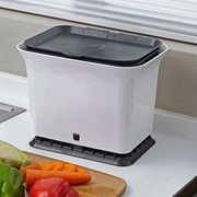 Full Circle 1.5 cu. ft. Kitchen/Countertop Composter; Black/White