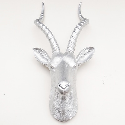 Near and Deer Large Antelope Head Wall D cor; Silver