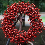 Flora Decor 22'' Red Berry Wreath