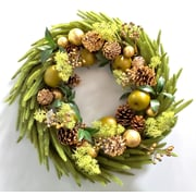 Gold Eagle USA 23.62'' Pine and Apple Ornament Wreath