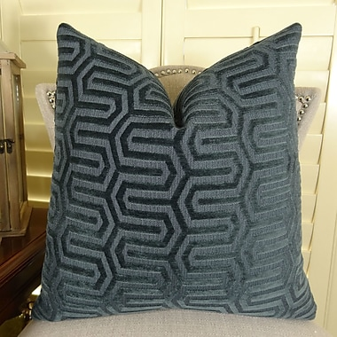 Plutus Brands High Path Throw Pillow; 18'' H x 18'' W
