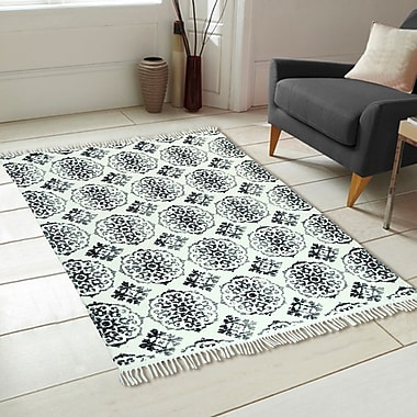 Chesapeake Fuga Chindi Ornamental Pattern Hand-Woven Gray Area Rug