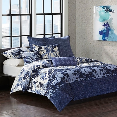 N Natori Yumi Botanical 4 Piece Reversible Comforter Set; Queen