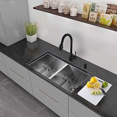 Vigo 32'' x 19'' Undermount 50/50 Double Bowl 16 Gauge Stainless Steel Kitchen Sink w/ Faucet WYF078279160643