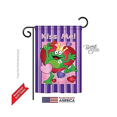 TwoGroupFlagCo Kiss Me Frog 2-Sided Vertical Flag; 40'' H x 28'' W