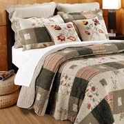 August Grove Helma Quilt Set w/ Decorative Pillows; King