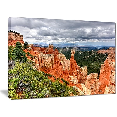 DesignArt 'Bryce Canyon National Park' Photographic Print on Wrapped Canvas; 30'' H x 40'' W x 1'' D
