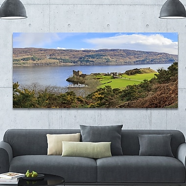 DesignArt 'Lago Ness and Urquhart Castle' Photographic Print on Wrapped Canvas
