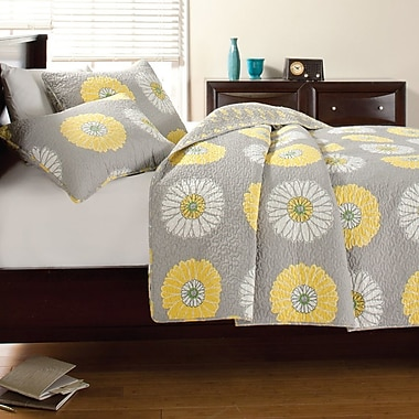 Cozy Line Home Fashion Anya Quilt Set; Twin
