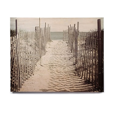 East Urban Home 'Welcome to the Beach' Photographic Print on Wood; 20'' H x 24'' W x 1'' D