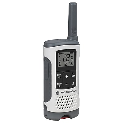 Motorola 25-mile Talkabout T260 2-way Radios Triple Pack