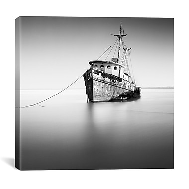 Latitude Run 'Barco Hundido' by Moises Levy Photographic Print on Canvas; 18'' H x 18'' W x 1.5'' D