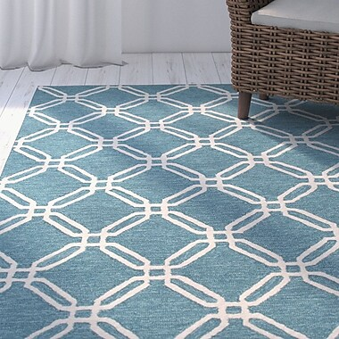 Breakwater Bay Pencader Hand-Tufted Blue/Ivory Area Rug; 5' x 7'6''