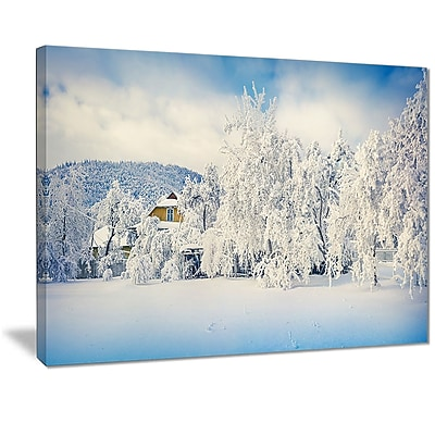 East Urban Home White Winter Mountain Landscape Photographic Print on Canvas; 40 '' W x 30 '' H