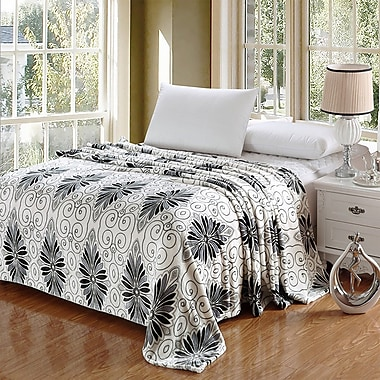 Winston Porter Kailyn Luxurious Oversized Printed Super Soft Plush Flannel Throw