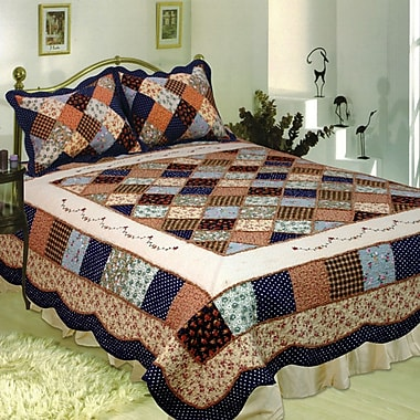 August Grove Calveston Quilt; Super King