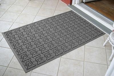 Bungalow Flooring Aqua Shield Medium Grey Star Quilt Mat; 3' x 5'