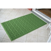 Bungalow Flooring Aqua Shield Light Green Star Quilt Mat; 3' x 5'