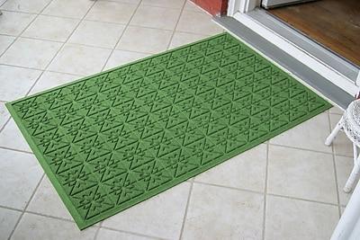 Bungalow Flooring Aqua Shield Light Green Star Quilt Mat; 3' x 5'