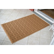 Bungalow Flooring Aqua Shield Medium Brown Star Quilt Mat; 3' x 5'