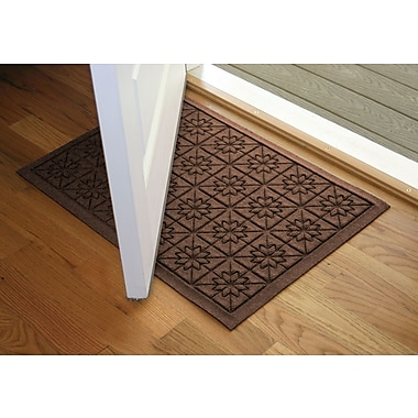 Bungalow Flooring Aqua Shield Dark Brown Star Quilt Mat; 2' x 3'