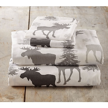 Loon Peak Clymer Moose Super Soft Printed Flannel Cotton Sheet Set; Full