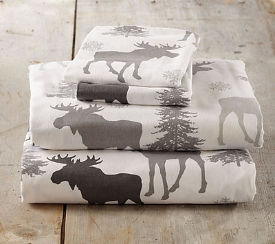 Loon Peak Clymer Moose Super Soft Printed Flannel Cotton Sheet Set; Twin