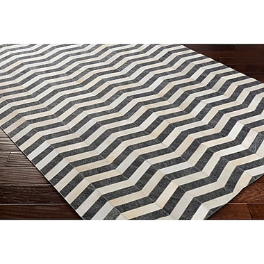 Williston Forge Armando Hand-Crafted Chevron Neutral/Gray Area Rug; 5' x 7'6''