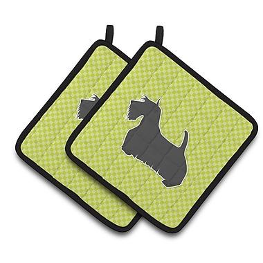 East Urban Home Scottish Terrier Checkerboard Potholder (Set of 2); Green