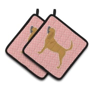 East Urban Home Bloodhound Checkerboard Potholder (Set of 2); Pink