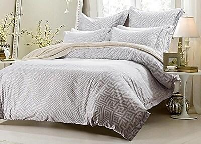 Rosdorf Park Chanelle White Gray Reversible Duvet Cover Set; Full/Queen