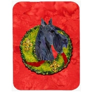 The Holiday Aisle Scottish Terrier Rectangle Glass Cutting Board