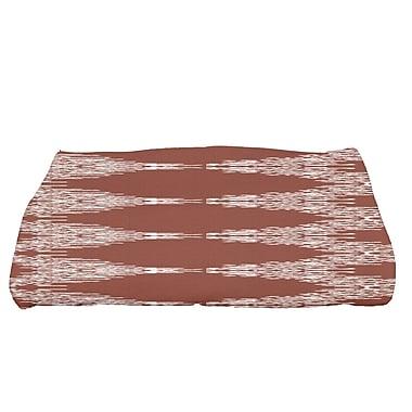 Mistana Geometric Bath Towel; Maroon