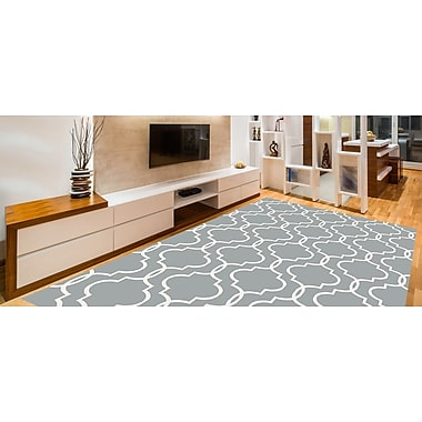 Charlton Home Larrabee Decorative Modern Contemporary Southwestern Gray Area Rug; 5' x 7'