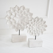 Mistana Floral White Wood Decor