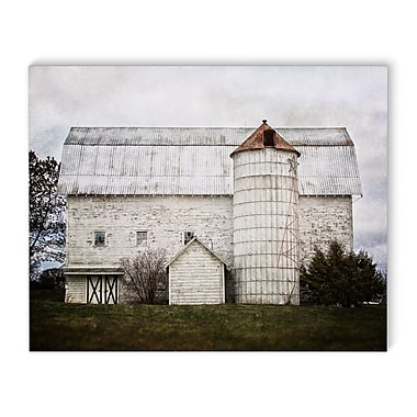 August Grove 'White Holiday Barn' Photographic Print on Wrapped Canvas; 16'' H x 20'' W