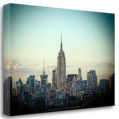 Tangletown Fine Art 'Light Green Skyline' Photographic Print on Wrapped Canvas; 32'' H x 48'' W