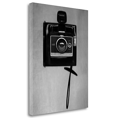 Tangletown Fine Art 'Retro Point and Shoot - 5' Graphic Art Print on Wrapped Canvas; 33'' H x 25'' W