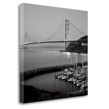 Tangletown Fine Art 'Golden Gate Bridge - 31' Photographic Print on Wrapped Canvas; 25'' H x 25'' W