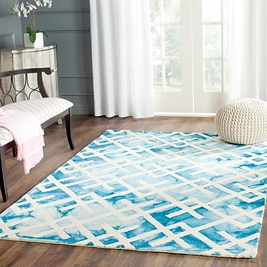 Bungalow Rose Castries Hand-Tufted Blue/Ivory Area Rug; Round 5' x 5'