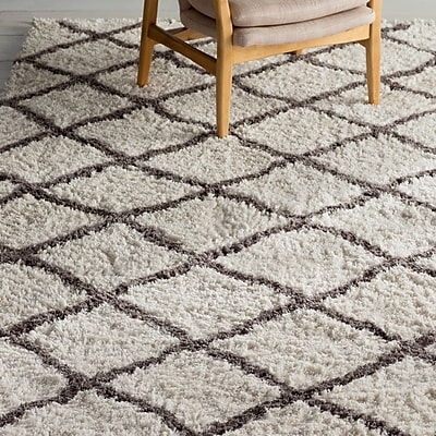 Bungalow Rose Kenley Ivory Area Rug; 8' x 10'