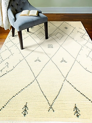 Bungalow Rose Floressa Hand-Knotted Ivory Area Rug; 3'6'' x 5'6''