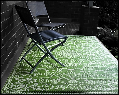 Bungalow Rose Fontayne Lime Green Indoor/Outdoor Area Rug; 6' x 9'