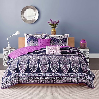 Bungalow Rose Dede Coverlet Set; Twin / Twin XL
