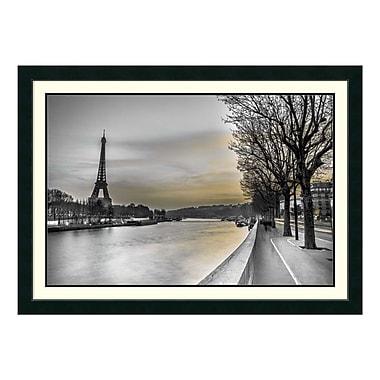 Amanti Art – Impression encadrée par Assaf Frank, Seine et tour Eiffel, 43 x 31 po (DSW3315797)