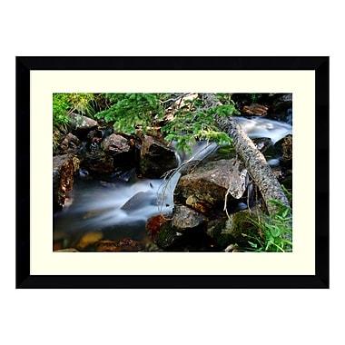 Amanti Art – Reproduction encadrée de « Mountain Stream » par Andy Magee, 39 x 29 po (DSW139206)