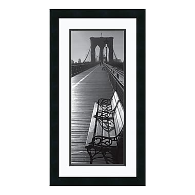 Amanti Art – Imprimé encadré « Brooklyn Bridge Benches », 14 x 26 po (DSW140554)