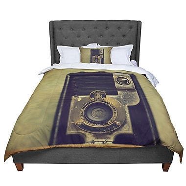 East Urban Home Robin Dickinson EKC Jan 1910 Comforter; Twin