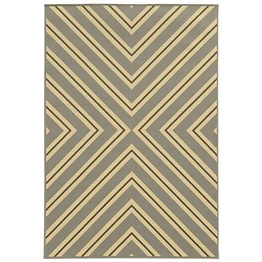 Ebern Designs Heath Grey/Ivory Indoor/Outdoor Area Rug; 6'7'' x 9'6''